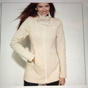 THE NORTH FACE Caroluna Quilted Fleece Jacket